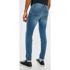 Diesel - Jeansy Sleenker. Niebieskie jeansy męskie skinny Diesel. W wyprzedaży za 449,90 zł.