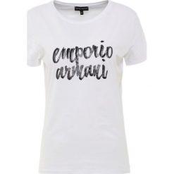 Emporio Armani Tshirt z nadrukiem white. Białe t-shirty damskie Emporio Armani, z nadrukiem, z bawełny. Za 399,00 zł.