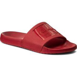 Klapki CALVIN KLEIN JEANS - Vincenzo S0547 Dark Red. Czerwone chodaki męskie Calvin Klein Jeans, z jeansu. W wyprzedaży za 209,00 zł.
