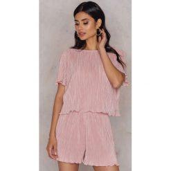 Bermudy damskie: Hannalicious x NA-KD Zestaw plisowany top i szorty – Pink