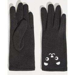 Rękawiczki z aplikacją - Czarny. Czarne rękawiczki damskie marki Sinsay, z aplikacjami. Za 24,99 zł.