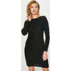 Answear - Sukienka. Czarne sukienki dzianinowe marki Mohito, l, proste. Za 129,90 zł.