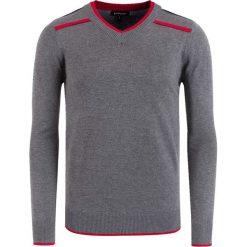Swetry klasyczne męskie: Sweter w kolorze szaro-czerwonym