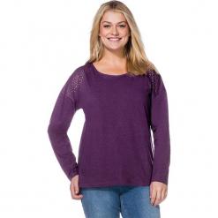 Koszulka w kolorze fioletowym. Fioletowe bluzki nietoperze Sheego, z bawełny, z okrągłym kołnierzem, z długim rękawem. W wyprzedaży za 43,95 zł.