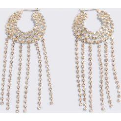 Kolczyki damskie: NA-KD Boho Lśniące kolczyki Hoop & Chain – Gold