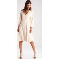 Sukienki hiszpanki: IVY & OAK Sukienka letnia spring rose