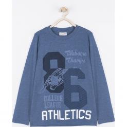 Koszulka. Niebieskie t-shirty chłopięce z długim rękawem BASIC BOY, z nadrukiem, z bawełny. Za 39,90 zł.