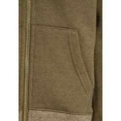 Scotch Shrunk AMS BLAUW ZIP THROUGH Bluza rozpinana yerba green. Zielone bluzy chłopięce rozpinane marki Scotch Shrunk, z bawełny. W wyprzedaży za 231,20 zł.