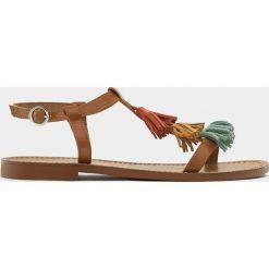 Rzymianki damskie: Sandały z kolorowymi frędzlami