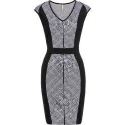 Sukienka bonprix czarny w kratę. Czarne sukienki balowe marki Molly.pl, plus size, z dekoltem na plecach, plus size, dopasowane. Za 79,99 zł.