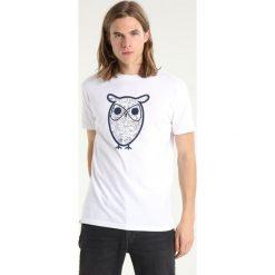 T-shirty męskie z nadrukiem: Knowledge Cotton Apparel DIAGRAM OWL  Tshirt z nadrukiem bright white