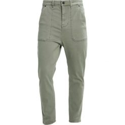 Jeansy męskie regular: Brooklyn's Own by Rocawear Jeansy Relaxed Fit khaki