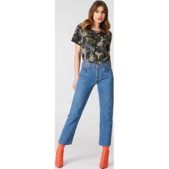 T-shirty damskie: NA-KD Trend T-shirt moro z dekoltem na plecach – Green,Multicolor