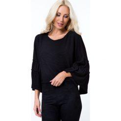 Krótka bluzka z prążkowanego materiału czarna 21791. Czarne bluzki na imprezę Fasardi, l, prążkowane, z krótkim rękawem. Za 39,00 zł.