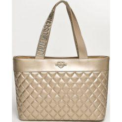 Love Moschino - Torebka. Szare torebki klasyczne damskie marki Love Moschino, z materiału, duże, pikowane. Za 949,90 zł.