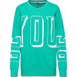 Bluza dresowa bonprix zielony. Zielone bluzy z nadrukiem damskie bonprix, z dresówki. Za 109,99 zł.
