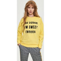 Bluza z napisem - Żółty. Żółte bluzy damskie marki Sinsay, l, z napisami. Za 49,99 zł.