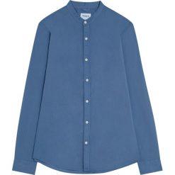 Koszula basic ze stójką. Czerwone koszule męskie na spinki marki Pull&Bear, m. Za 48,90 zł.