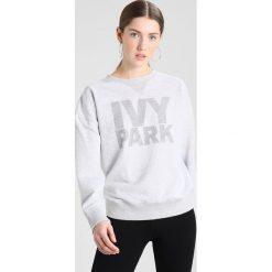 Bluzy rozpinane damskie: Ivy Park DOTS LOGO CREW Bluza light grey marl
