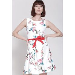 Sukienki: Biała Sukienka Spring Wind