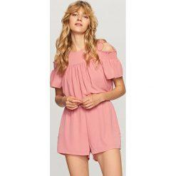 Odzież damska: Kombinezon z wycięciami na ramiona - Różowy