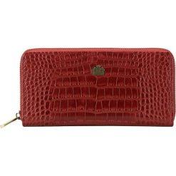 Portfel 15-1-482-3. Czerwone portfele damskie Wittchen, z motywem zwierzęcym. Za 259,00 zł.