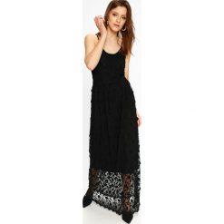 Vero Moda - Sukienka Rapunzel. Czarne długie sukienki marki bonprix, z szyfonu, wizytowe, z długim rękawem, rozkloszowane. W wyprzedaży za 359,90 zł.