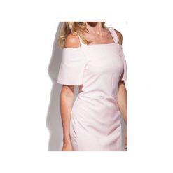 Sukienka Sophie z falbankami pastelowy róż. Czerwone sukienki balowe marki DOROTHÉ, na spotkanie biznesowe, m, z wiskozy, z falbankami. Za 479,20 zł.
