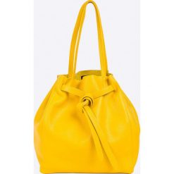 Answear - Torebka skórzana. Białe torebki klasyczne damskie ANSWEAR, z materiału, średnie. W wyprzedaży za 169,90 zł.