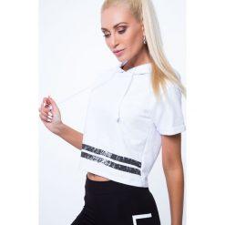 T-shirty damskie: T-shirt z aplikacją na plecach biały 7299