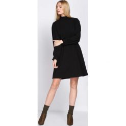 Czarna Sukienka She's So Cool. Czarne sukienki Born2be, l, midi. Za 79,99 zł.