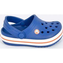 Crocs - Klapki dziecięce. Szare klapki chłopięce marki Crocs, z gumy, z okrągłym noskiem. Za 139,90 zł.