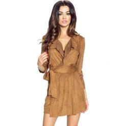 Akiro – płaszcz przyjemny w dotyku i dodający uroku brąz. Brązowe płaszcze damskie Bergamo, na jesień. Za 111,99 zł.