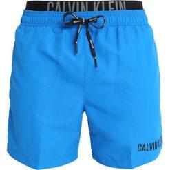 Bielizna męska: Calvin Klein Swimwear MEDIUM DOUBLE Szorty kąpielowe electric blue lemonade