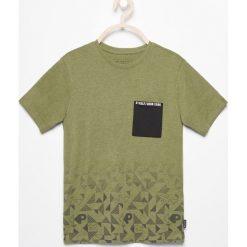 Odzież dziecięca: T-shirt z kieszonką – Zielony
