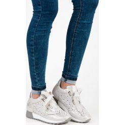 Trampki damskie slip on: Wiązane trampki fashion HOPE