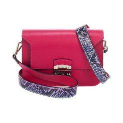 Torebki klasyczne damskie: Skórzana torebka w kolorze fuksji – (S)26 x (W)15 x (G)8 cm