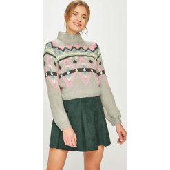 Tally Weijl - Sweter. Czerwone swetry klasyczne damskie marki TALLY WEIJL, l, z dzianiny, z krótkim rękawem. Za 99,90 zł.