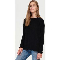 Swetry klasyczne damskie: Sweter z wiązaniem na ramionach – Czarny