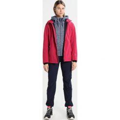 CMP WOMAN JACKET ZIP HOOD Kurtka Softshell magenta/antracite. Czerwone kurtki sportowe damskie marki CMP, z materiału. W wyprzedaży za 307,30 zł.