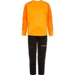 Uhlsport SET Koszulka bramkarska orange/black. Brązowe t-shirty chłopięce marki Uhlsport, z materiału. W wyprzedaży za 131,45 zł.