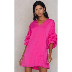 Sukienki hiszpanki: Trendyol Sukienka z marszczeniami - Pink