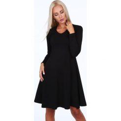Sukienki: Rozkloszowana sukienka czarna 40080