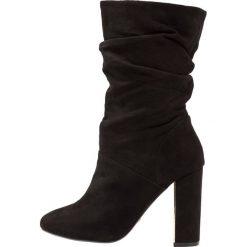 Dorothy Perkins X & FRANC JAX Kozaki na obcasie black. Czarne buty zimowe damskie marki Dorothy Perkins, z materiału, na obcasie. Za 319,00 zł.