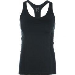 Casall LINE RACERBACK Top black. Czarne topy damskie Casall, z elastanu. W wyprzedaży za 127,20 zł.