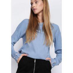 Niebieski Sweter Like We Are. Niebieskie swetry klasyczne damskie marki Born2be, m, z okrągłym kołnierzem. Za 74,99 zł.