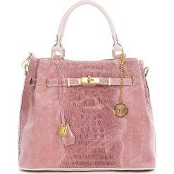 Torebki klasyczne damskie: Skórzana torebka w kolorze jasnoróżowym – 33 x 28 x 17 cm