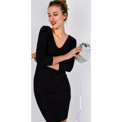 Sukienki hiszpanki: Sukienka brokatowa z dekoltem V