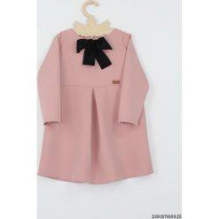 Sukienka Motyl z koronka. Czarne sukienki dziewczęce marki Pakamera, w koronkowe wzory, z koronki, z długim rękawem, długie. Za 119,00 zł.
