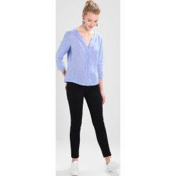 Seidensticker FASHION 3/4 LANG Bluzka blau. Niebieskie bluzki damskie Seidensticker, ze lnu. Za 399,00 zł.